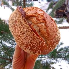 хлеб в кунжуте